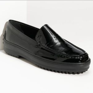 Tods Gommini black patent leather loafers 37